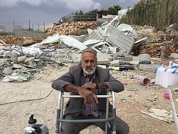 Demolition of a residence in Beit Hanina (East Jerusalem), displacing 11 people, including 5 children. Photo by OCHA.