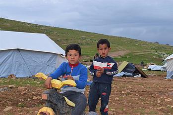 ילדים שנעקרו בחומסה אל־בקייעה, 4 בפברואר 2021. צילום: נציבות זכויות האדם בשטח הפלסטיני הכבוש.