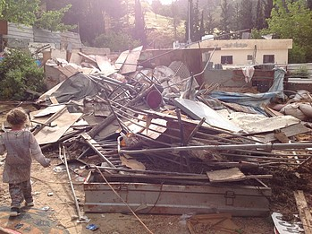 Demolished residential structure in Wadi Yasul, East Jerusalem, 30 April 2019. © Photo by OCHA