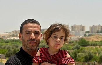 Abu Ahmad and his daughter Salma, Beit Lahia. Photo by UNDP