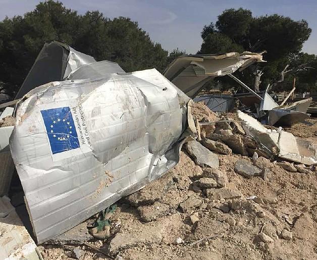 Temporary shelter provided as humanitarian assistance demolished in the Bedouin community of Jabal Al Baba (Jerusalem), 21 January 2016. © Photo by OCHA