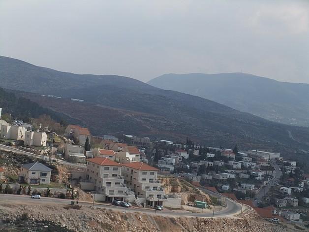 Elon Moreh Settlement built-up area.© Photo by OCHA