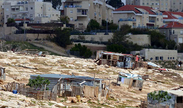 Arab al Jahalin Bedouin community and Qedar settlement (Jerusalem). Photo by OCHA