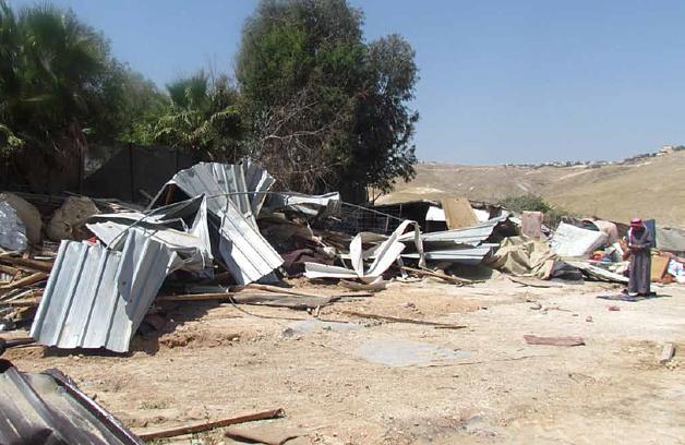 Palestinian home demolished in the Khan Al Ahmar Bedouin community (Jerusalem), April 2016. © Photo by OCHA