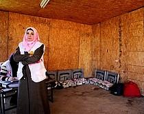 نبيلة موسى العيادة المتنقلةالتابعة لجمعية الإغاثة الطبية الفلسطينية في الخان الأحمر, آذار/مارس 2018, ©  تصوير مجموعة الصحة