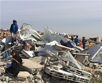 Demolition of two classrooms in Abu Nuwar community in Jerusalem on 4 February. Photo by OCHA.